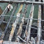 Beim Abbruch des Bestandstragwerks werden die 50 Jahre alten Spannglieder untersucht und beprobt