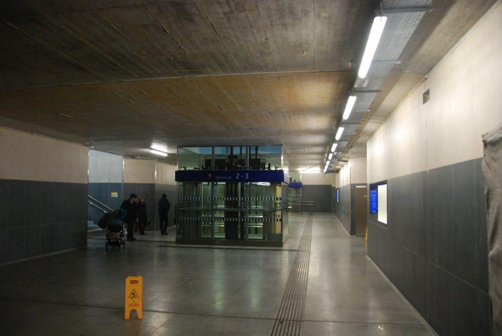 Bahnsteigunterführung beinahe fertiggestellt