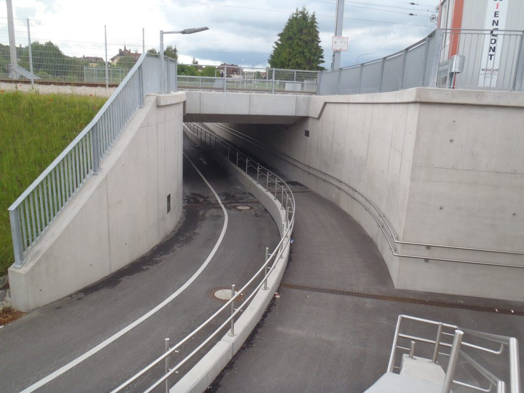 Rad- und Fußweg-UF fertiggestellt